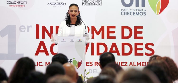 Rinde Rodríguez Almeida primer informe del SMDIF