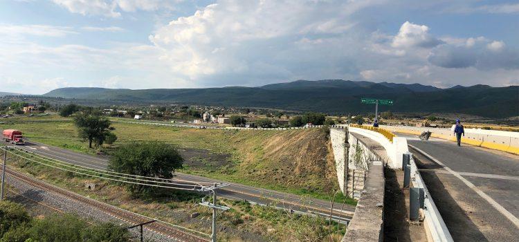 Continúan cierres por trabajos en carretera Celaya-San Miguel de Allende
