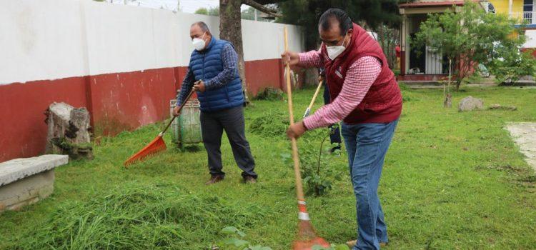 Limpiarán escuelas del municipio para regreso a clases